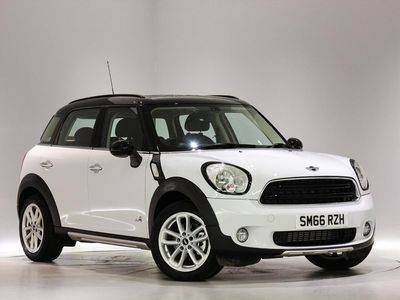 View the 66 Plate MINI Cooper D ALL4 Countryman Online at Peter Vardy
