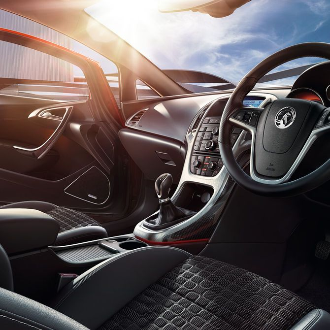 GTC Sports Interior | Peter Vardy Vauxhall