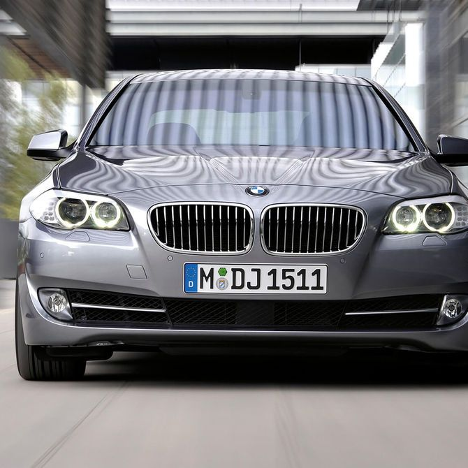 BMW 5 Series Saloon Exterior | Peter Vardy Edinburgh