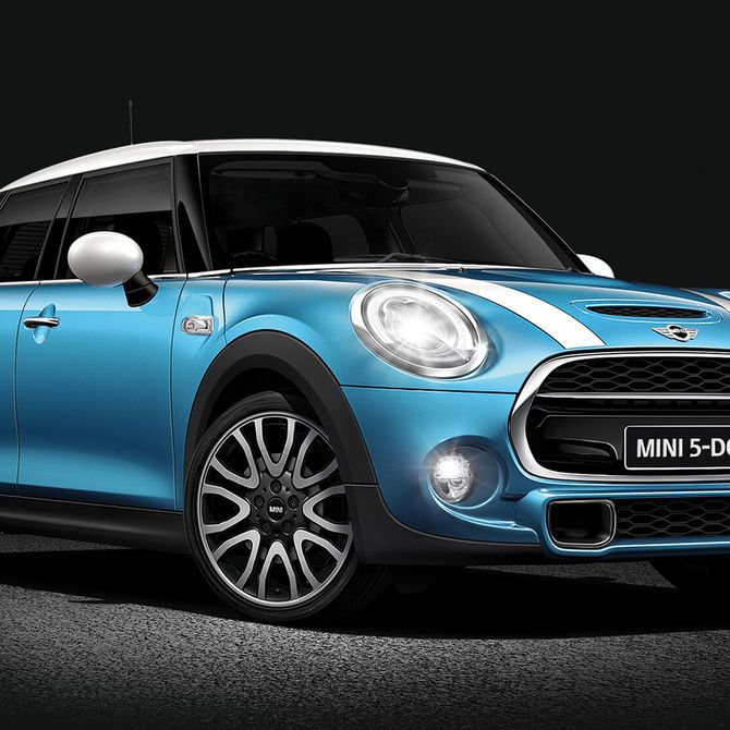 MINI 5-Door Hatch Exterior | Peter Vardy Edinburgh