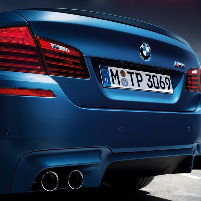 BMW M5 Saloon Rear Exhaust | Peter Vardy Edinburgh