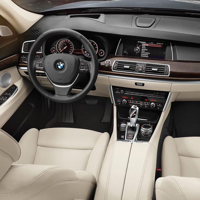 BMW 5 Series Gran Turismo Interior | Peter Vardy Edinburgh