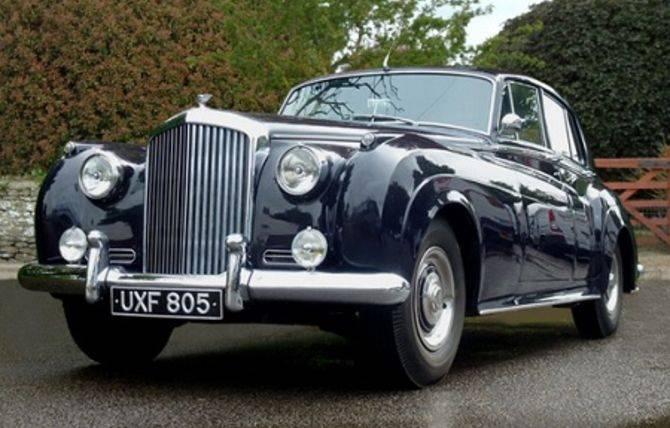 Classic Car Restoration Restore Vintage Cars Heritage Cars - Classic car restoration