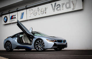 BMWi Arrives at Peter Vardy BMW