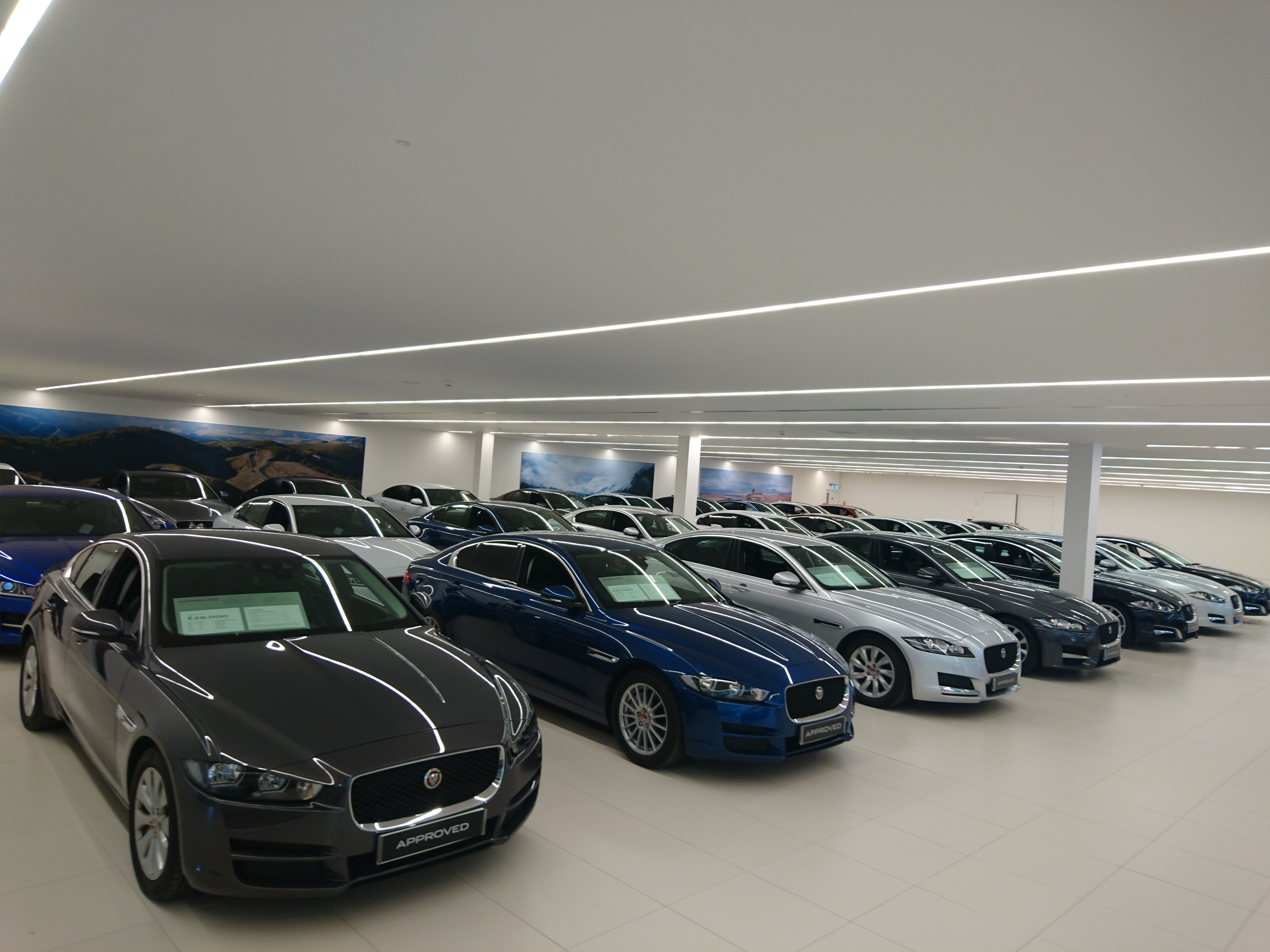 This building is one of the first custom built jaguar land rover dealerships and adopts a brand new look and feel you re welcomed into the jaguar land